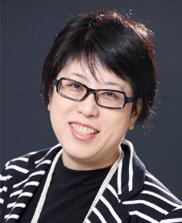 東京中央新ロータリークラブ 会 長 野呂 洋子